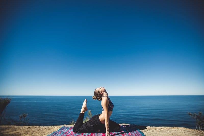 Équilibre avec le chakra yoga